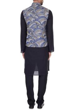 Grey linen embroidered bundi
