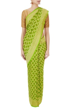 Green pure georgette saree with banarasi weaves & unstitched blouse