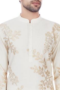 Ivory leaf motif kurta with unstitched pyjama fabric