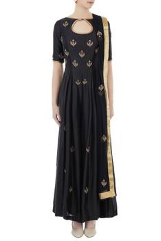 Black chanderi & net hand crafted nakshi, bead work & mirror work jumpsuit with dupatta