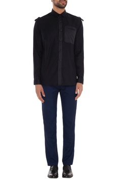 Black cotton solid slim fit shirt