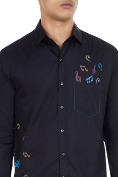 Black cotton shirt with 'musical notes' print