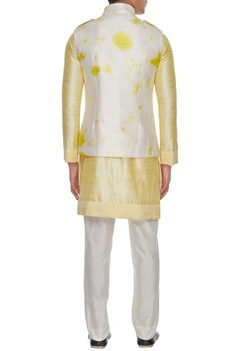 White & yellow tie dye bundi with kurta
