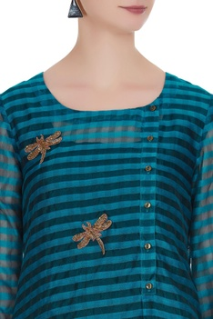 Embroidered tunic with side button placket