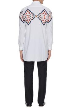 White kurta shirt with central varanasi print