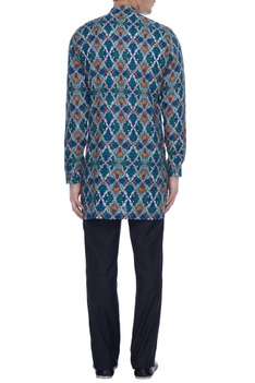 Blue pure linen kurta shirt in vivid rudra print