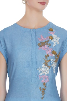 Thread work embroidered tunic