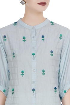 Button down shirt in 3D floral buta embroidery