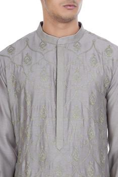 Aari embroidered kurta