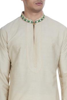 Embroidered cotton silk kurta