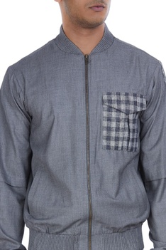 Chest pocket detailed jacket