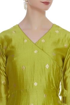 Wrap style woven kurta with pants