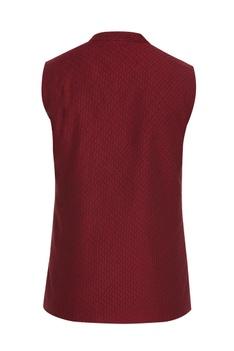 Criss-cross textured waistcoat.