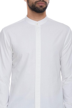 Pintuck shirt with chinese collar