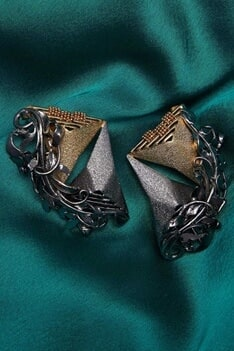 Dual metallic baroque earrings