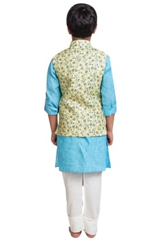Linen kurta with printed nehru jacket and pants