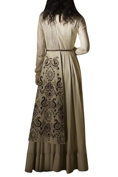 Embroidered gown with belt
