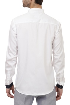 Striped chest regular fit shirt