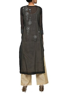 Black zardosi embroidered kurta set with stole