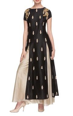 Black embroidered double slit kurta with palazzo