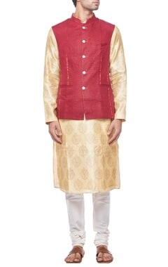 Maroon nehru jacket with contrast piping