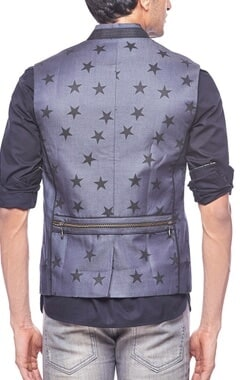 Dark grey star printed zipper bandi