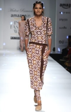 brown and white motif printed lounge pants