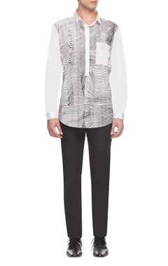 Anuj Bhutani - Men White & black zigzag print shirt