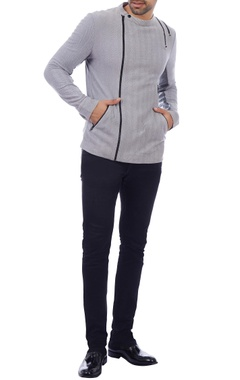 grey zipper detailed jacket