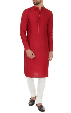 Dev R Nil - Men Maroon cotton silk solid kurta with off white cotton lycra churidar