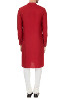 Maroon cotton silk solid kurta with off white cotton lycra churidar