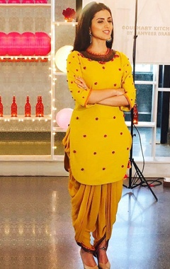 Yellow embellished kurta & dhoti pants