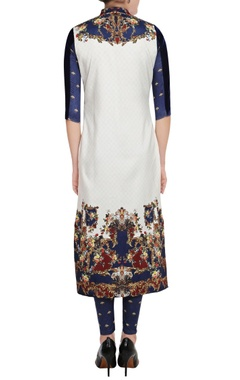White & navy blue printed kurta & leggings