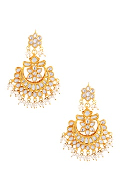 Gold polished kundan and pearl work earrings