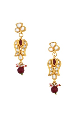 gold plated kundan necklace & drop earrings