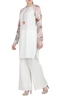 White kurta with printed sleeves & trousers