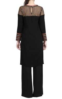 Black embroidered kurta & black trousers