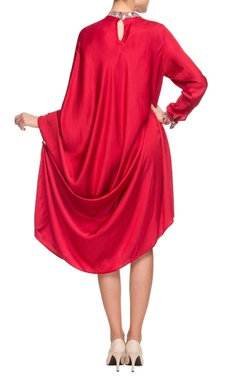 Red band collar dress