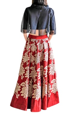 burgundy applique skirt with black crop top
