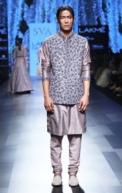 Shadow grey & blue kurta set with embroidered bandi