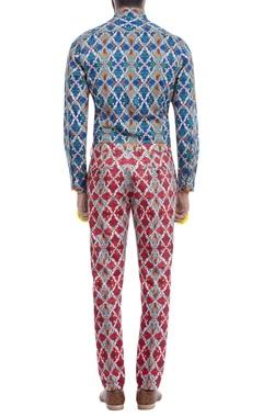 Red motif print trousers