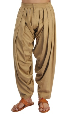 Brown pleated patiala