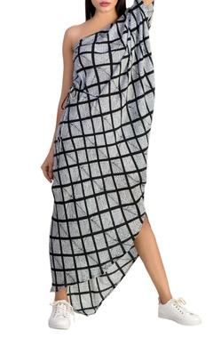 Black & white one shoulder dress