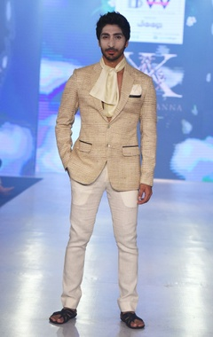 beige blazer jacket