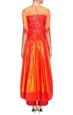Orange & red kurta set with applique