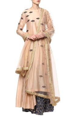 peach hand embroidered kurta set