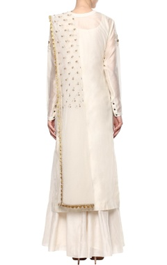 ivory applique work kurta set
