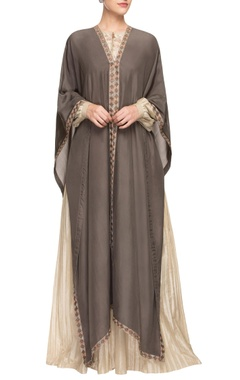 Grey border embroidered kaftan