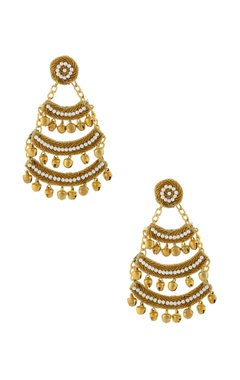 gold tiered earrings with pearls