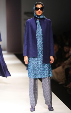 Turquoise kurta with grey trousers & coat